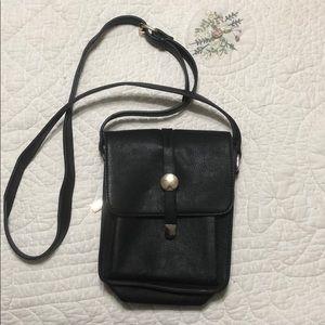 Handbags - Crossbody faux leather everyday purse